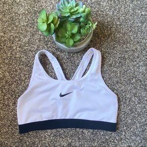 🆕Nike Sports Bra Black and White